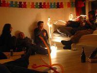 93245_cozy_party_atmosphere