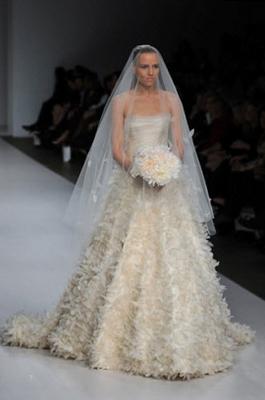 Цвет свадебного наряда