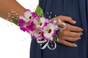 цветочный браслет для свидетельницы