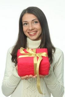 Прикольные подарки с днем рождения подруге своими