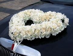 декор свадебных машин