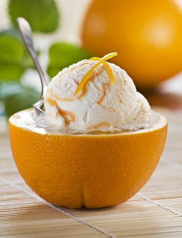 мороженое в апельсинах