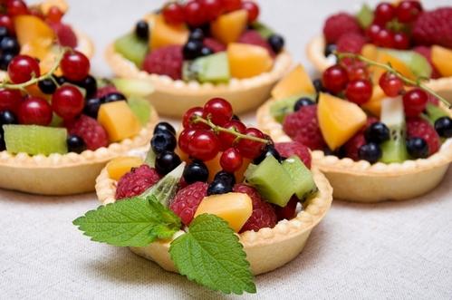фруктово-ягодные тарталетки