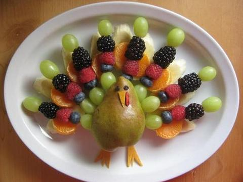 оригинальная фруктовая тарелка