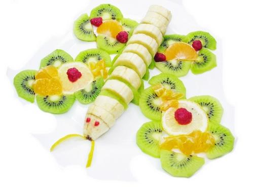красивая подача фруктов