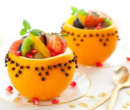 как подать фруктовый салат?