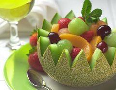 красивая подача фруктов и ягод: фото