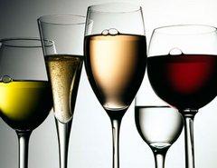 в каких бокалах подавать вино