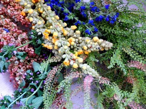 венок из цветов на Ивана Купалу