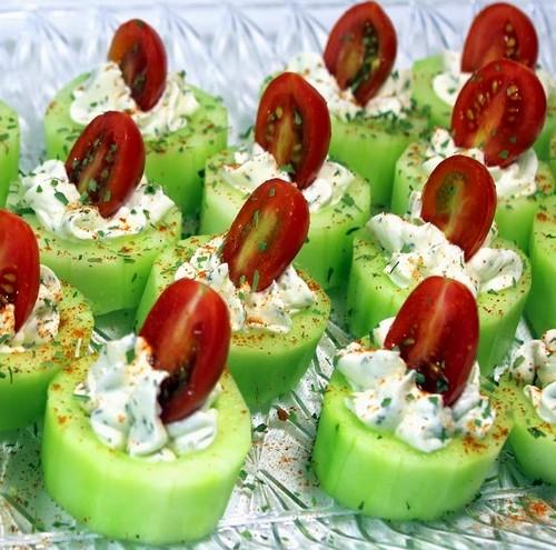 праздничная закуска с огурцами и помидорами